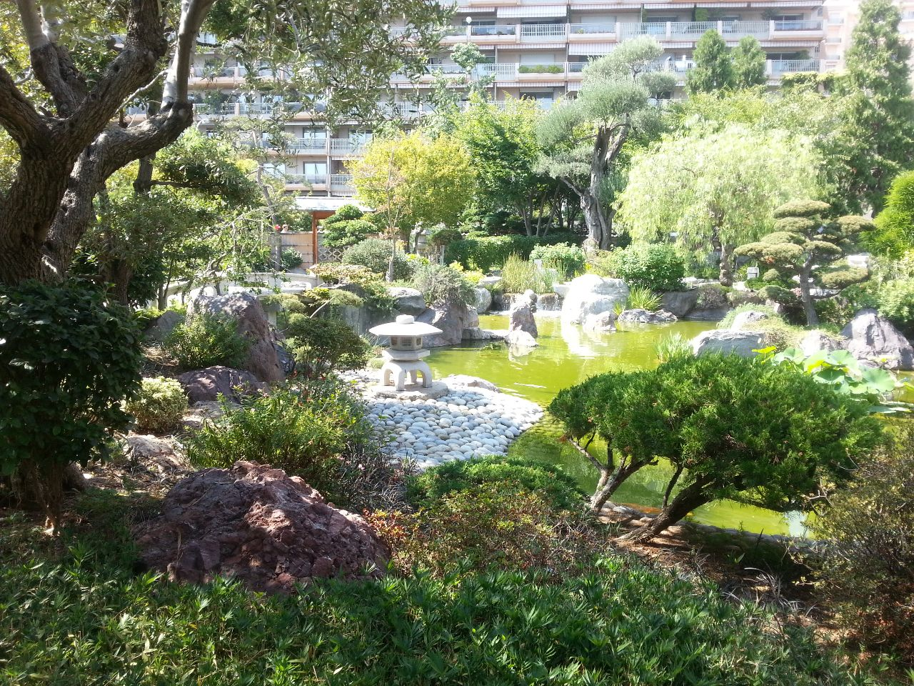 Tag 7 monaco on the road again auto travel blog for Japanischer garten