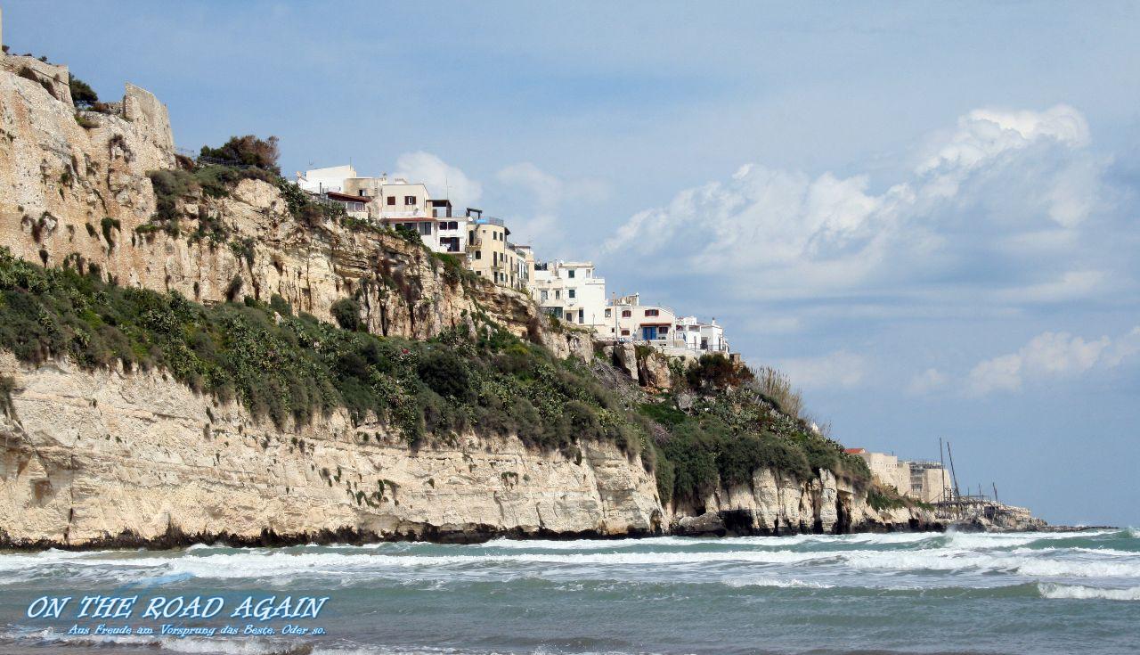 Vieste auf der Steilküste an der Adria