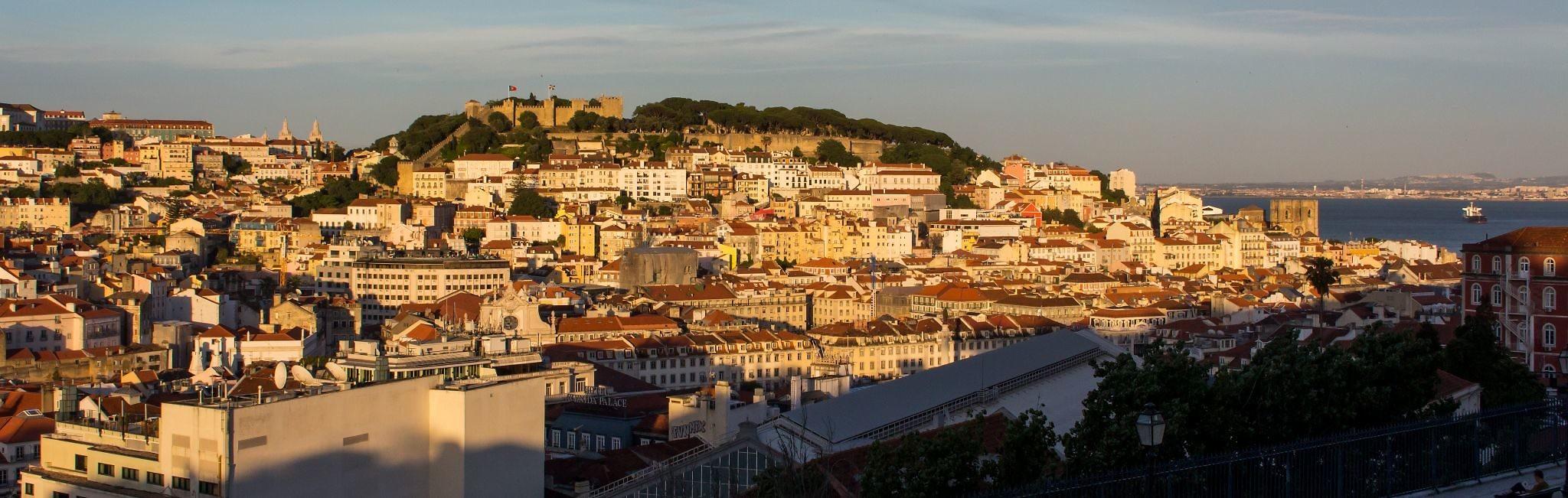 Panorama vom Miradouro de São Pedro de Alcântara