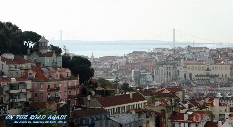 Brücke des 25. April und Altstadt Lissabon