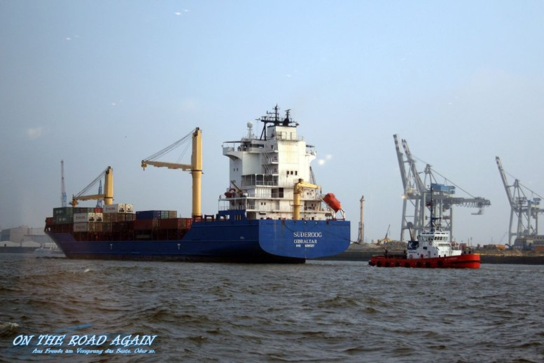 Schlepper im Hamburger Hafen