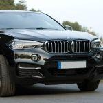 BMW X6 M50d am See