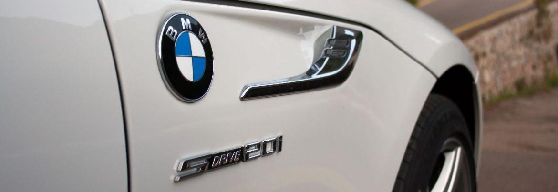 BMW sDrive 20i Logo