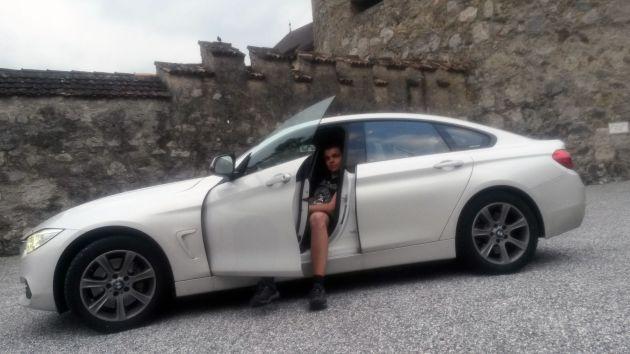 Team Connie & Blyde am Schloss in Liechtenstein