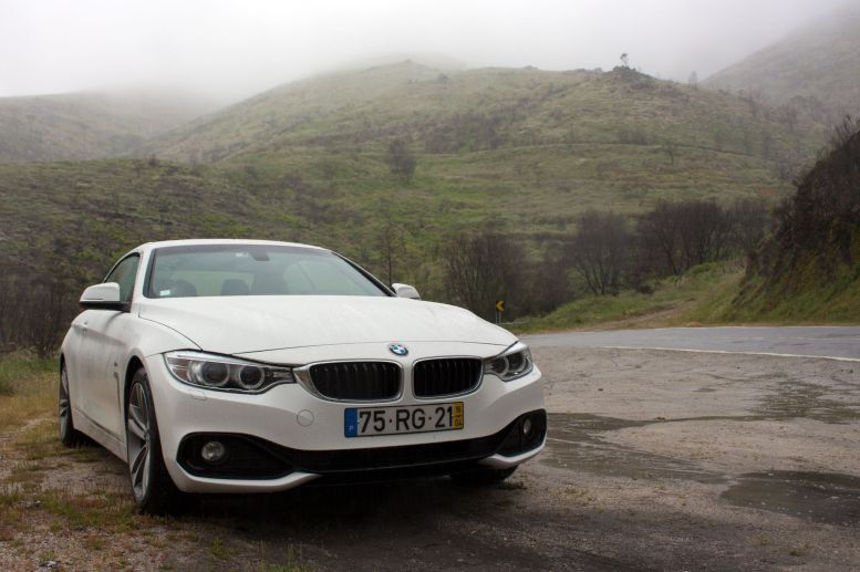 BMW 4er in der Serra de Estrela