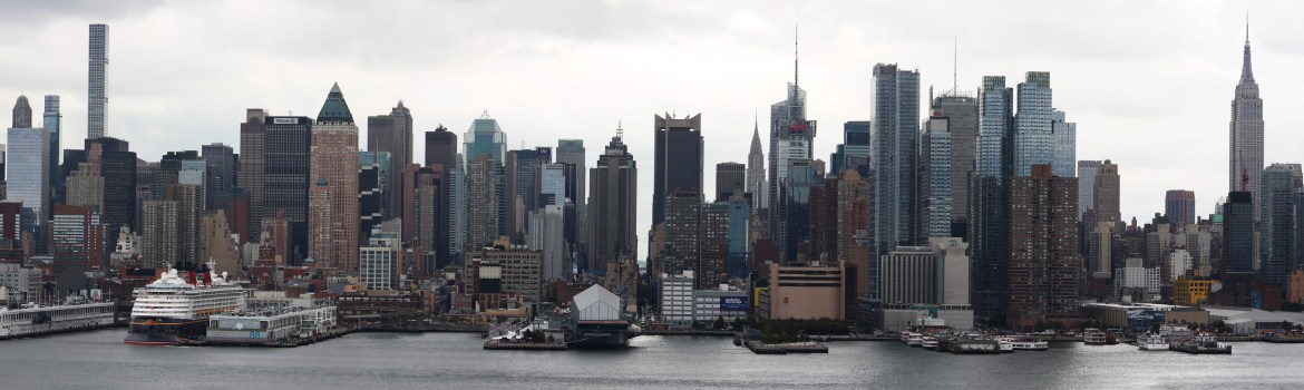 new-york-skyline-ueber-den-hudson-river-von-new-jersey