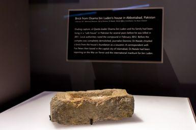 Stein aus dem Haus von Osama Bin Laden 9 11 Museum New York City