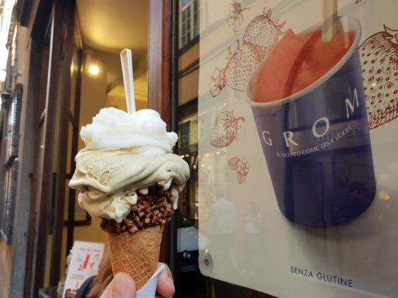 Grom Eis in Lucca, Italien