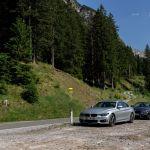 BMW M4 Cabrio und 440i Coupé in den Bergen