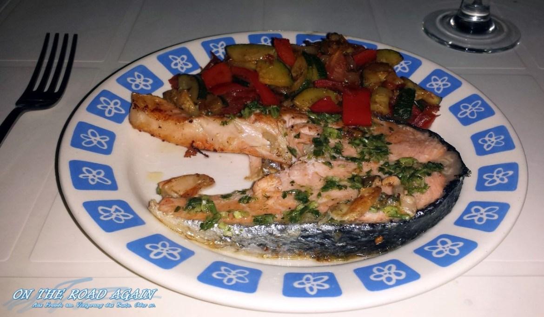 Viktoriabarsch mit frischem Gemüse