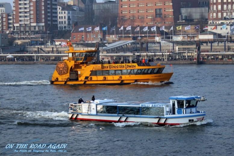 Schiffe im Hamburger Hafen