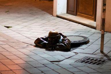 Ritter aus dem Gullideckel Bratislava