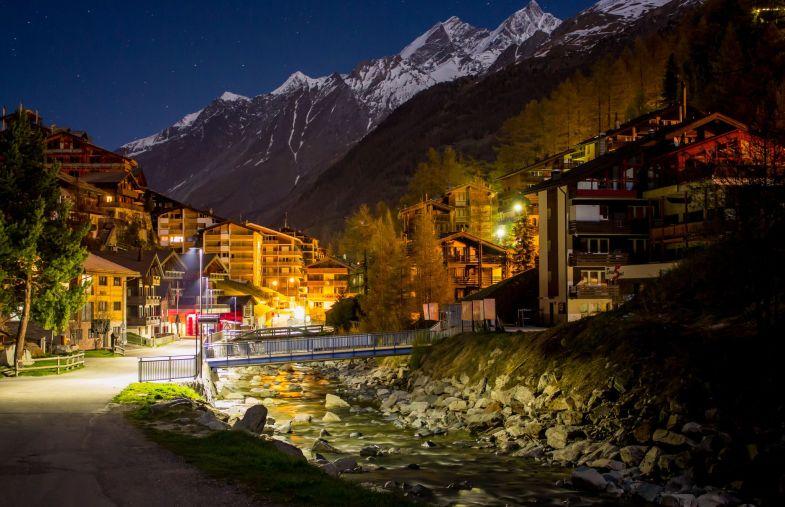 Am Bach in Zermatt, Nachts