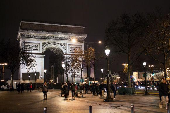 Champs Elysee 4 - Arc de Triumphe