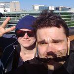 Maik und Maria am Flughafen