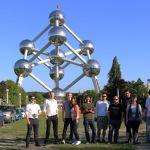 Teilnehmer am Atomium in Brüssel