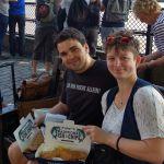 Maik und Maria mit Fish and Chips