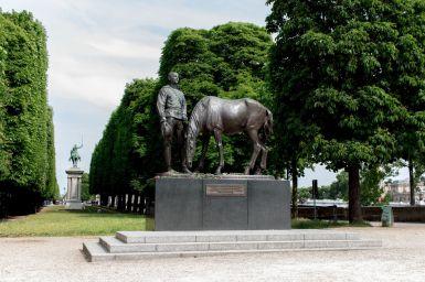 Monument du Corps expéditionnaire russe, Paris
