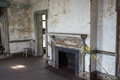 Kamin in der Ärztevilla, Ellis Island Krankenhaus