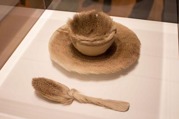 Pelziges Geschirr, MoMA