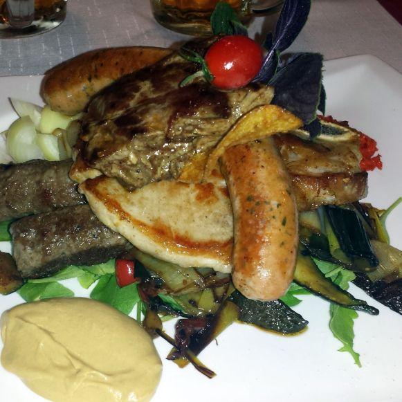 Slowenische Fleischplatte in Zasip