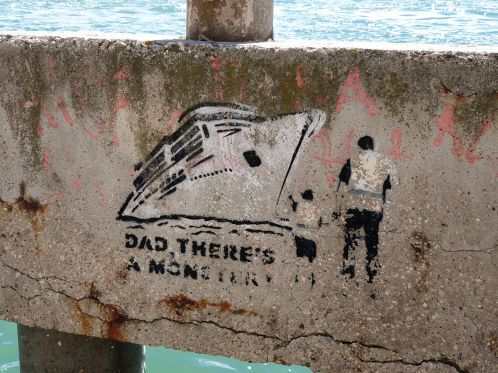 Dad there is a monster Graffito in Venedig