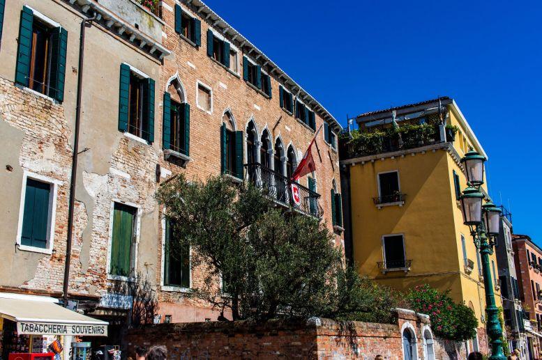 Gebäude mit Patina in Venedig