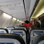 An Board einer Westjet Boeing 373