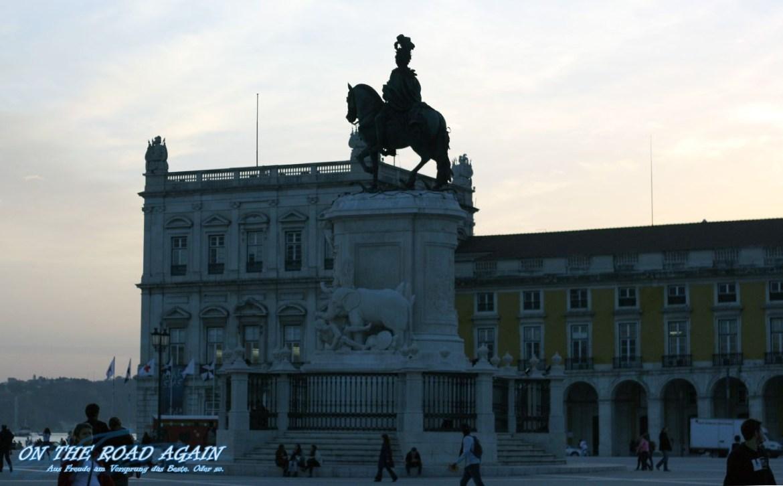Statue auf dem Praca do Comercio