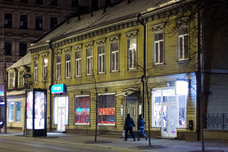 typisch lettisches Holzhaus