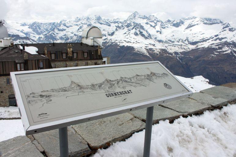 Übersichtstafel Aussichtsplattform Gornergrat