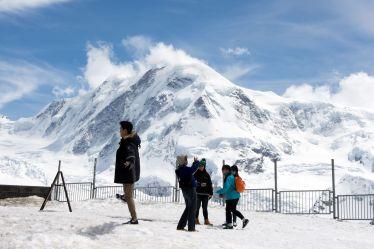 Touristen am Gornergrat, Schweiz