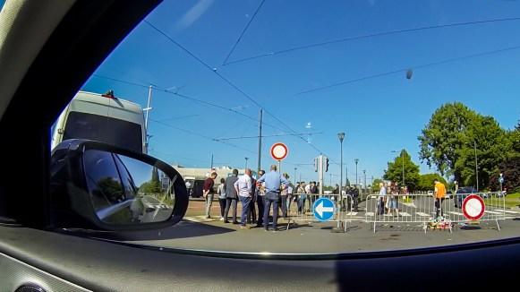 Straßensperre am Flughafen