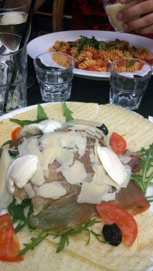 Salat & Pasta in Paris