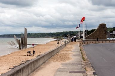 Monumente am Omaha Beach