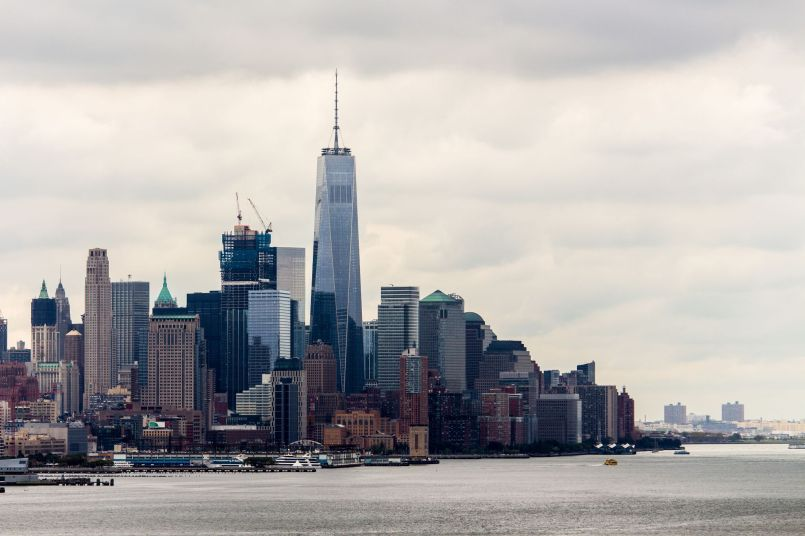 Lower Manhattan mit One World Trade Center