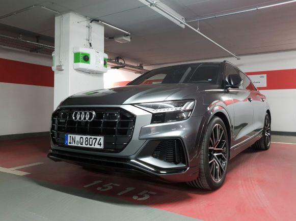 Audi Q8 quattro von vorne