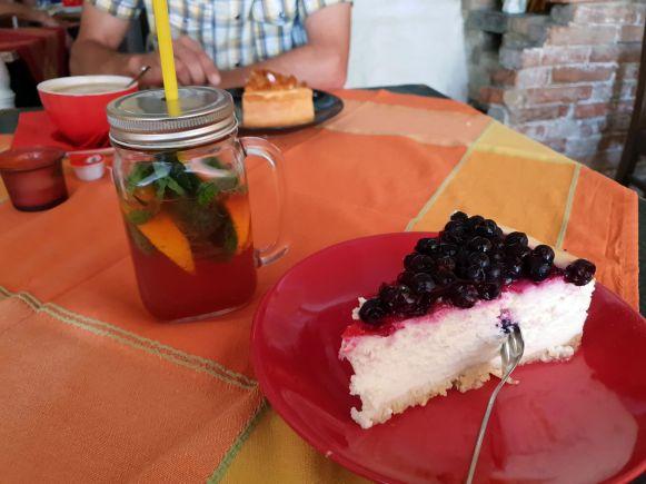 Käsekuchen im Café Vincent, Quedlinburg