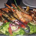 Meeresfrüchte-Platte im Riva 1 Prizba