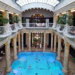 Pool im Gellért-Bad, Budapest