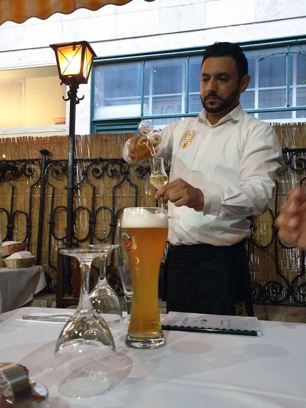 Hausgebrannter Schnapps im Százéves Étterem, Budapest