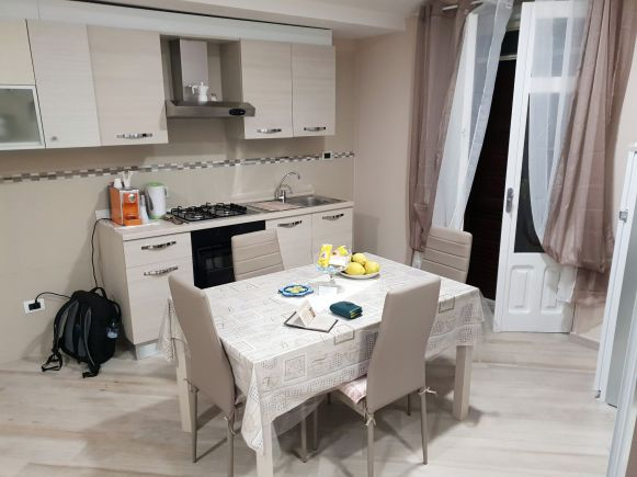 AirBnB-Apartment in Tramonti, Küche