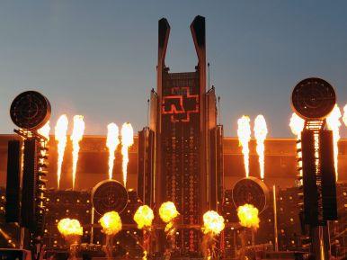 Bühne vom Rammsteinkonzert in Prag