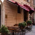 Enoteca in Montepulciano, Toskana, Italien